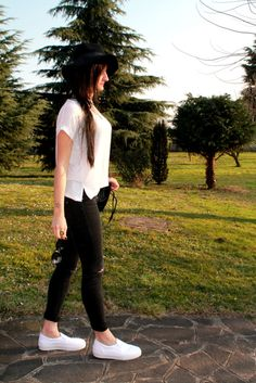 OUTFIT 2015: IL MIO NORMCORE IN BLACK AND WHITE