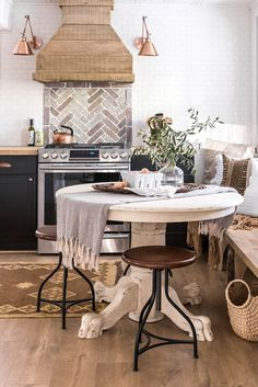 How This Outdated '60s Relic of a Room Became a Dream Kitchen:  This transformation is truly something to be proud of.