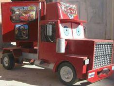 replicas de camion mack de cars