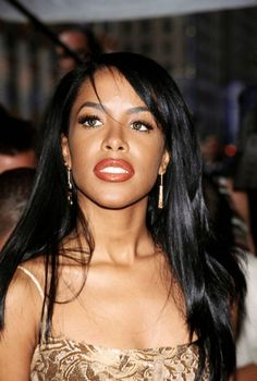 Aaliyah absolutely gorgeous super model perfect if she was my wife she would be still here to day princess of rap music clothing style s Rip Aaliyah, Aaliyah Style, Aaliyah Singer, Beautiful Black Women, Beautiful People, Beautiful Celebrities, Aaliyah Haughton, My Tumblr, Her Music