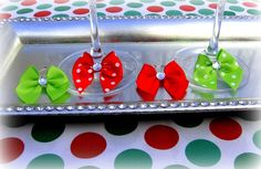 Holiday bow wine charms