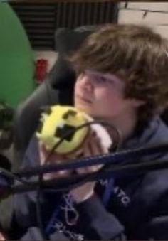 Pretty Boy Swag, Pretty Boys, Pretty Men, Im In Love, I Love Him, Skins Minecraft, I Love Bees, Cute Bee, British Boys
