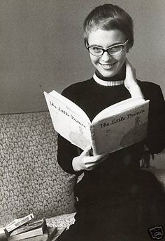 jean seberg with her iconic pixie haircut. around 1956-57 and love those glasses