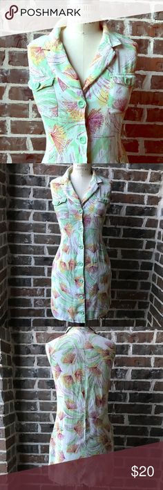 Forever 21 floral dress Cute button up dress from Forever 21. EUC! Dress has pockets. Forever 21 Dresses