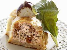 Pastete mit Käse-Maroni-Füllung | Zeit: 40 Min. | http://eatsmarter.de/rezepte/pastete-mit-kaese-maroni-fuellung