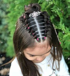 Each of these hair-styles are all fairly straight forward are a great option for novices, quick and simple toddler hair-styles. Childrens Hairstyles, Lil Girl Hairstyles, Girls Hairdos, Easy Hairstyles For Kids, Princess Hairstyles, Office Hairstyles, Toddler Hairstyles, Anime Hairstyles, Stylish Hairstyles