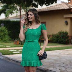 """MABUMA STORE no Instagram: """"Look #vestido #green #renda #deuso com a diva…"""