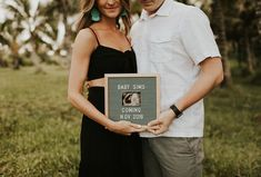Our very first pregnancy announcement from Kauai, Hawaii all about our soon to be family of Shot on Donkey's Beach in Kauai! Pregnancy Announcement Pictures, Birth Announcement Girl, Baby Announcements, Pregnancy Announcement Photography, Pregnancy Tips, Pregnancy Photos, Baby Photos, Pregnancy Costumes, Pregnancy Belly