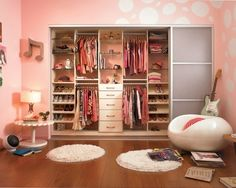 closet organization by Majaosek