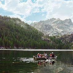 Sunset Magazine choose Sierra City for a weekender day trip.  There are lakes, wildflowers and hiking.