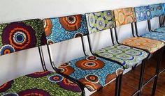 Chaises colorées [#pagne #wax #tissuafricain]