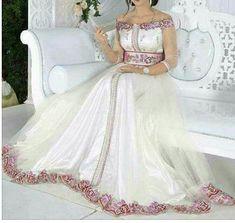 #caftan #qaftan #kaftan #abaya #tunis #tunisia #kuwait #emirates #france #italy #allemagne #qatar #ksa #usa #fashion #arab #style #newyear2018 #traditional #mariage #outia #wetiya #summer #Dubai #engaged #saudiarabia #ua #lo