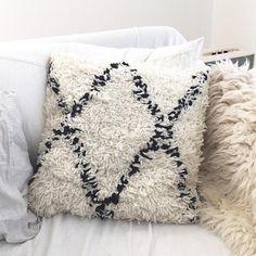 Woolen pilow  morrocan handira style black white