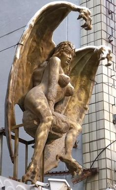 Lilith: From Demoness to Dark Goddess   The Quarry Masonic Forum