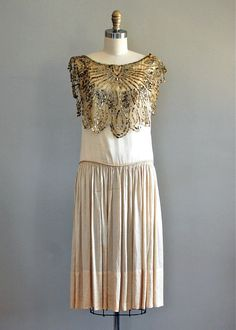 20s wedding dress.