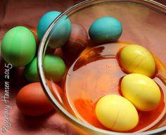 Natural Easter Dye: Saffron