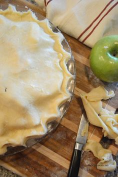 Is making homemade pie crust intimidating? We teach you step by step how to make pie crust with our perfect pie crust recipe that is light and flakey! Homemade Pie Crusts, Pie Crust Recipes, Pie Dessert, Dessert Recipes, Perfect Pie Crust, Just Desserts, Sweet Tooth, Food And Drink, Cooking Recipes