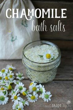 All Natural DIY Chamomile Bath Salts -- Chamomile is a lovely herbal flower. -Easy All Natural DIY Chamomile Bath Salts -- Chamomile is a lovely herbal flower. No Salt Recipes, Soap Recipes, Bath Recipes, Homemade Beauty, Diy Beauty, Beauty Hacks, Beauty Tips, Beauty Products, Mac Cosmetics