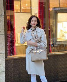 """Susanne Classy & Sophisticated on Instagram: """"Einen wunderschönen Sonntag wünsche ich euch. Mittlerweile ist meine Renovierung soweit durch, dass ich kommende Woche hoffentlich wieder…"""" Sophisticated Style, Instagram, Fashion, Sunday Wishes, Refurbishment, Nice Asses, Moda, Fashion Styles, Fashion Illustrations"""
