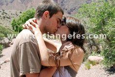 Casi Angeles Memes, Couple Photos, Couples, Angeles, Random, Songs, Libros, Pictures, Couple Shots