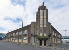 140 Salkeld Street, Glasgow Former Leyland Motor Company, Probably James Miller, block, brick and concrete. Glasgow Architecture, Modern Architecture, Glasgow City, Motor Company, Art Deco Design, Modern Buildings, Tandoori Chicken, Brave, Scotland