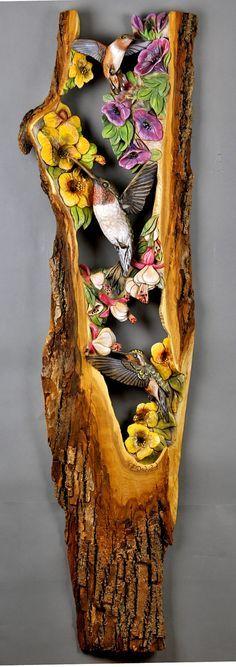 Colibríes en las flores talladas en madera de regalo hecho a mano arte, mural de Vladimir Davydov decora único para casa y cabaña de madera con corteza