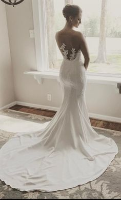 Pronovias Plisa  wedding dress currently for sale at 0% off retail.