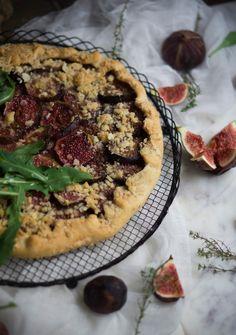 cebolla caramelizada, queso de cabra, higos, masa quebrada, brunch, entrante, aperitivo, tarta, otoño