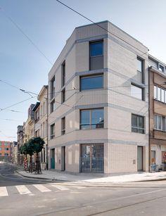 PULS Architecten - Rotterdamstraat, Voorgevel na de werken