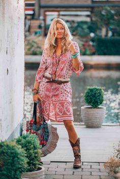 Boho chic midi dress by spell boho style hippy fashion, fash Hippy Fashion, Fashion Night, Fashion Ideas, Cheap Fashion, Fashion Top, Fashion 2018, Style Work, Mode Style, Womens Fashion Casual Summer