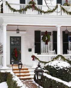 8 ways to style your holiday stoopbecki owens front porch lightsfront porcheschristmas