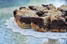 Oatmeal Fudge Bars - Mennonite Girls Can Cook
