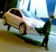 New Way To Steal Car - Russia