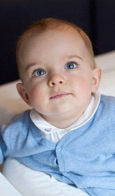 La princesse Madeleine de Suède a dévoilé une nouvelle photo de son fils, le prince Nicolas.
