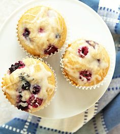 This berry muffins recipe takes just 15 minutes to make. Use frozen fruit instead of fresh and they come out SO moist! From ItsYummi.com