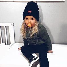 Coole Kinderoutfits z. den Herbst Cool kids outfits z. The fall, Little Girl Outfits, Toddler Girl Outfits, Baby Outfits, Children Outfits, Cute Little Girls, Toddler Girls, Cute Kids Outfits, Toddler Girl Style, Toddler Hair