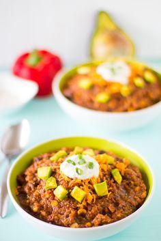 Vegan Crockpot Chili - Quinoa, Good w/ sour cream, cheese, & avocado. Use less liquid.