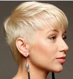 @carmencutrona #pixie #haircut #short #shorthair #h #s #p #shorthaircut #hair #b #sh #haircuts #blonde #blondehair #blondehairdontcare #blondeshavemorefun #platinumhair