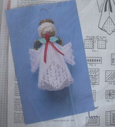 Plastic Canvas Angel Ornament Kit Makes Five 5 by RetroExchange