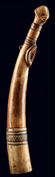 Africa | Horn (musical instrument) from the Punu people of Gabon | Ivory, honey patina