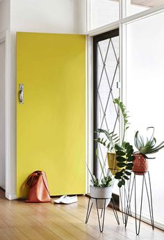 53 new ideas for modern front door colors bright yellow Interior Exterior, Interior Design, Interior Styling, Summer House Interiors, Deco Zen, Weatherboard House, Decoracion Vintage Chic, Modern Front Door, Yellow Doors