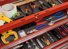 Because chalk is great at absorbing moisture, a few well-placed sticks can help prevent metal tools from rusting. Slip a bit of chalk into your toolbox or hardware storage boxes to keep moisture and rust out.