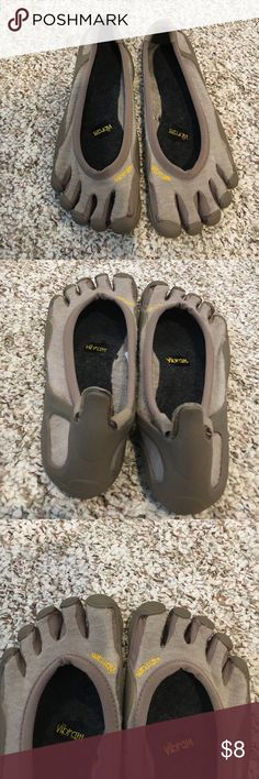 d6e1ace8043ac3 Vibram Wool Toe Shoes 40 Size 40- which is a 9.5. I normally