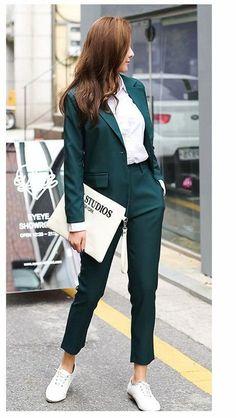99 Stylish Blazer Outfits Ideas For Women - Work Outfits Women Summer Work Outfits, Casual Work Outfits, Blazer Outfits, Professional Outfits, Mode Outfits, Work Casual, Office Outfits, Office Wear, Blazer Dress
