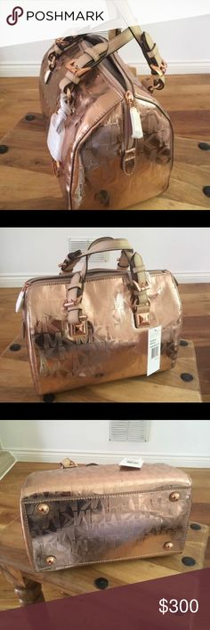 NWT Michael Kors Grayson rose gold NWT Michael Kors Grayson rose gold Michael Kors Bags Satchels