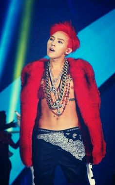 G-Dragon is well known in the Kpop world for his unique and forever changing hairstyles. G Dragon Hairstyle, Kpop, Korean Celebrities, Celebs, Baby Baby, Gd & Top, Top Ten, G Dragon Top, Red Dragon