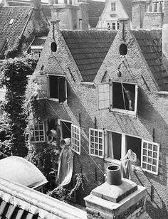"""Spring-Clean"" Amsterdam about 1951. photo: Kees Scherer"