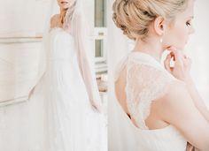 The most beautiful wedding dresses of 2016. More inspiration on our WonderWed.de/blog  Braut Brautkleid Outfit Schmuck Rücken WonderWed