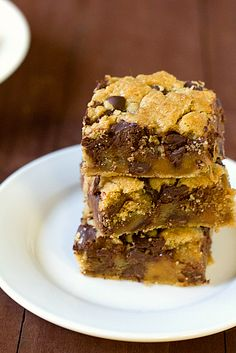 Salted Caramel Chocolate Chip Cookie Bars from Brown Eyed Baker - sweet, gooey and easy!