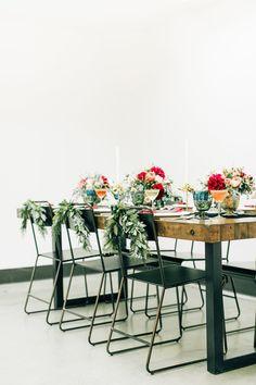 modern wedding seating - photo by Jenna Bechtholt Photography http://ruffledblog.com/surprise-holiday-elopement-brunch